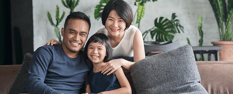Smiling Family Slider